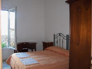 IL Pavone di Vilei Maria Antonietta, Villaggio Boncore