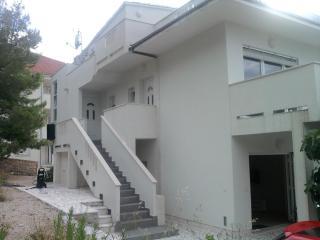 Apartment Tomi****