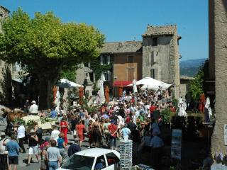 Luberon Vacation Rental- Enjoy the experience of Provence, Gordes