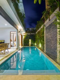 9m x 3m private pool