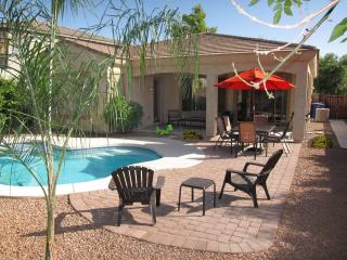Your Backyard Oasis, Beautiful Home in Phoenix, Gilbert