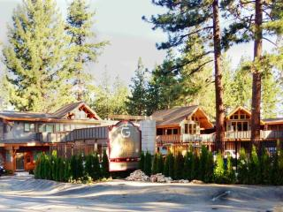 1Br/2 Ba at Lakeside Gondola Residence Lodge