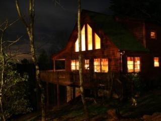 Mountain Log Cabin - Blue Ridge, GA