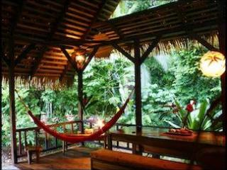 Idyllic Jungle  GetaWay - La Casita