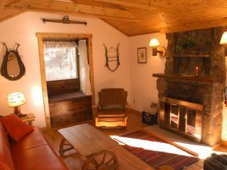 Wrangler B&B Cabin, Estes Park