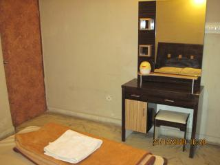 Service apartment, Kolkata (Calcutta)