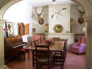 Elegant Villa in the Heart of La Mancha