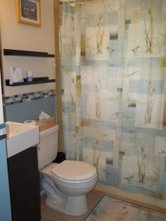 Upstairs Bathroom with bathtub
