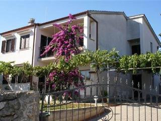 10036-Apartment Krk, Baska