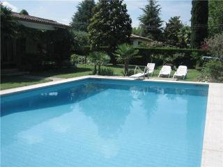 3 bedroom Villa in Lazise, Lake Garda, Italy : ref 2065314