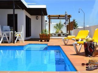 25953-Holiday house Tias, Tías