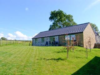MYNYDD PARYS, quality pet-friendly cottage with en-suite, rural location, ideal for beaches, walking, in Brynsiencyn, Ref 23277