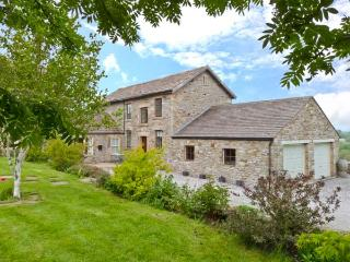 HOWLUGILL BARN, pet-friendly cottage, sitting room with views, walks from doorst