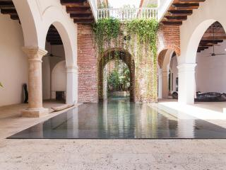 Luxury 7 Bedroom House in Old Town, Cartagena