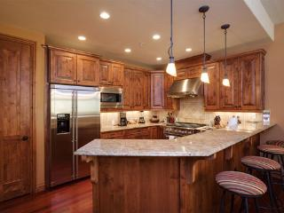 Aspen Crest Kitchen