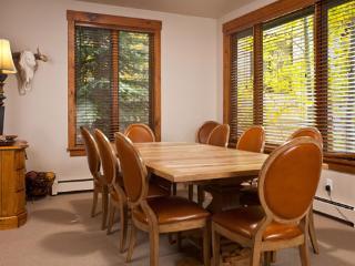 Dining Room - Kitzbuhel 1