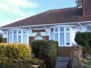 NORTH RIDING, pet-friendly single-storey cottage with sea views, patio