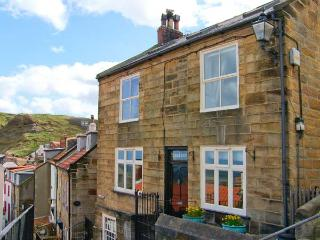 YORK HOUSE, character cottage by the sea, open fire, sea views in Staithes Ref
