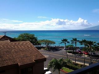 West Maui Oceanview Beautiful Condo, Lahaina