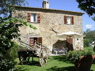 Il Bozzino, independent apartment in tuscan country