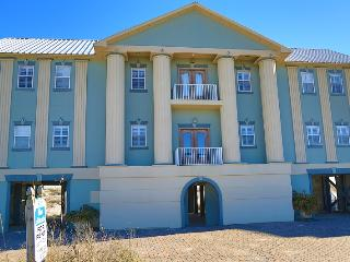 Luxury Blue Atlantis House - Gulf Front, Gulf Shores