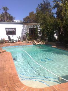 Pool and en suite wing
