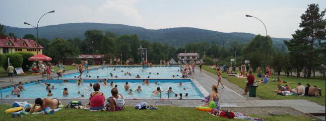 swiming pool -village wapienne