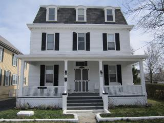 VICTORIAN CLASSIC - 209 S. BROADWAY, CAPE MAY-