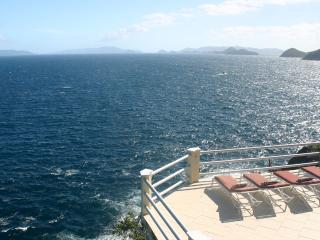 Oceanfront w/ Pool - Three Palms Villa, St. Thomas