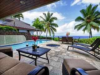 Ocean Front, Spacious 4 bedroom 3.5 bath home in Kona Bay Estates, VIlla Kai-PHKBEVK, Kailua-Kona