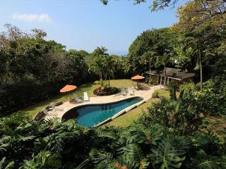 Ocean view with Private Salt Water Pool - 4 Bedroom 4 Bath, Ohai House-PHOhai, Kailua-Kona
