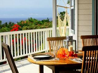 5 Bedroom 3 Bath with great ocean views and pool at Mahuahua Place-PHMahua, Kailua-Kona