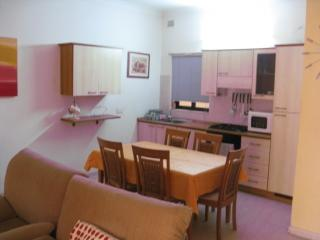 Two bedroomed fully furnished apartment, Il Gzira