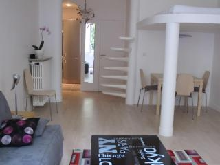 Luxurious Apartment in Exceptional Location of Paris, Parijs