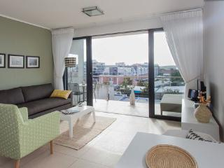 Fabulous 1-Bedroom De Waterkant Apartment, Cape Town Central