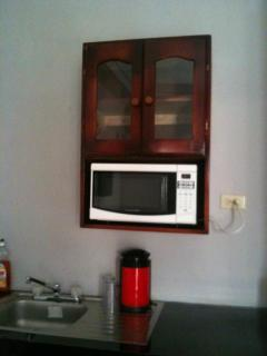 Bella Sombra Guest House,Studio 3, Kitchenette Area, Microwave, sink, glass ware