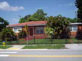 5/2 Furnished House Close To Mall Bus3miles Ocean, North Miami Beach