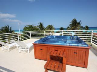 Vista al mar con Jacuzzi en la azotea - Villa Pura Vida, Playa del Carmen