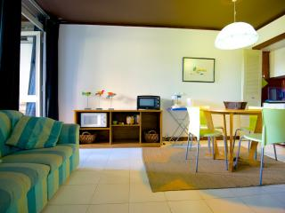 Fully equipped 1BD apartment by the Marina (WiFi), Vilamoura