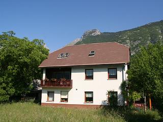 Casa Alpina apartment with great mountain view