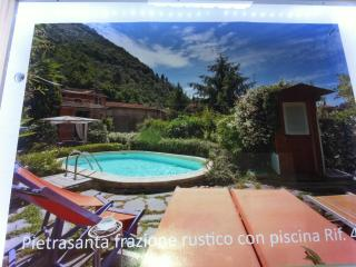 Quiet Tuscan 4 Bedroom Vacation House on the Hills, Pietrasanta
