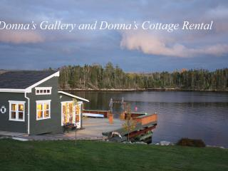 Donna's Cottage Rental on the Ocean, Halifax