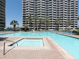 2 Bedroom 2 Bathroom Beach Front Gem!, Ilha de South Padre