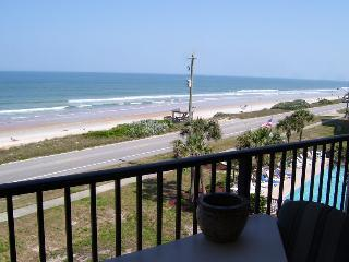 Ocean Watch condo with Great Views-Ocean and Pool
