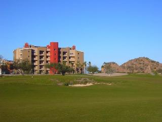 3-Bdrm w/ Panoramic Sea View - Punta Nopolo Marina, Loreto