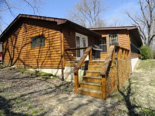 Norfork Trout Dock & WhiteRiverVacationRentals.com