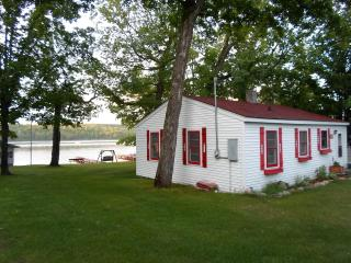 A Cozy Lakefront Cottage, McPartlin's Resort Condo unit. (It is not a log cabin)