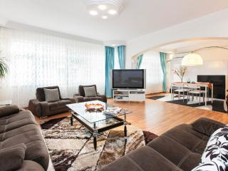 Cheap,Clean,Friendly, for Family Apartment, Estambul
