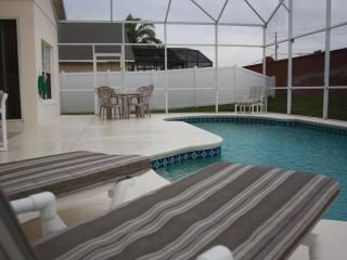 3 Miles to Disney, 5Br/3.5Bath/Pool, Kissimmee