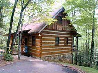 "Gatlinburg Smoky Mountain Honeymoon ""BLUE HEAVEN"", Cosby"